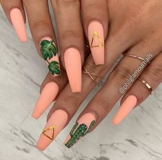 Natural Nails Healthy With Unique Art Of Nails With Great Look For Wedding Party and Occasion You Can Use Diamond Glitter Nails Picture Credit Acrylic Nails Coffin Short, Pink Acrylic Nails, Bright Summer Acrylic Nails, Silver Nails, Glitter Nails, Fire Nails, Heart Nails, Dream Nails, Stylish Nails