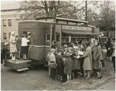 Children led astray by the Bronx Traveling Library, Westchester Square branch, NY 1915