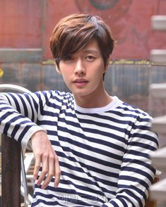 Park Hae-jin (박해진) - Picture @ HanCinema :: The Korean Movie and Drama Database Hot Korean Guys, Korean Men, Asian Actors, Korean Actors, He Jin, Park Hye Jin, Ahn Jae Hyun, Seo Kang Joon, Love Park