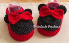 Ideas baby shoes crochet boy slippers for 2019 Crochet Hat For Women, Crochet Bebe, Crochet For Boys, Crochet Baby Booties, Crochet Slippers, Crochet Beanie Pattern, Crochet Patterns, Knitted Booties, Crochet Shawls And Wraps