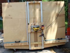 Ana White Build a DIY Panel Saw - Featuring 2 Many Projects Free and Easy DIY Project and Furniture Plans Diy Projects Plans, Easy Diy Projects, Wood Projects, Sierra Vertical, Serra Circular Manual, Ana White, Panel Saw, Lumber Storage, Tool Storage