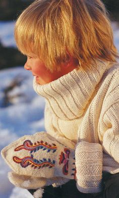 *THE ESSENCE OF THE GOOD LIFE™*: HAND GARMENTS - LIVING NORWEGIAN TRADITION