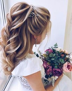 DIY Ponytail Ideas You're Totally Going to Want to 2019 Coiffure formelle en queue de cheval; 2019 t Daily Hairstyles, Trending Hairstyles, Bride Hairstyles, Hairstyle Wedding, Hairstyle Ideas, Wedding Hairs, Updo Hairstyle, Hair Styles For Wedding, Ponytail Haircut
