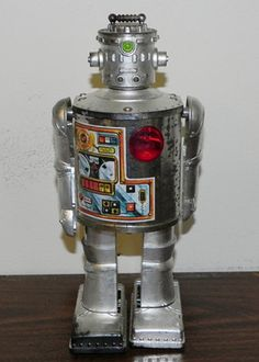Vintage Durham Industries Robot 2500 Silver Cyclops Figure Toy