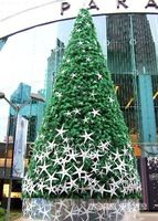 Iluminación gigante árbol de navidad decorado