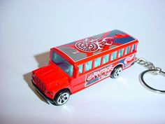 NEW 3D SCHOOL BUS CUSTOM KEYCHAIN key keyring HOT WHEELS GRAPHICS TUMBLE ride #Unbranded