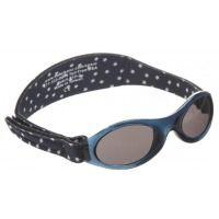 BabyBanz zonnebril (0 - 2 jr) hoofd-omtrek richtlijn: 39 - 50 cm. De rekbare band is gemaakt van neopreen, het is waterbestendig, kan worden schoongemaakt met een vochtige doek of gewoon onder de kraan, is traploos verstelbaar en zit comfortabel. ; ; ; Wayfarer, Ray Bans, Band, Sunglasses, Style, Fashion, Swag, Moda, Sash