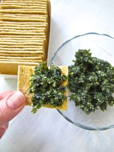 8 Recipes Using Seaweed—From Salads to Snacks - Herzhaft Vegetable Recipes, Vegetarian Recipes, Cooking Recipes, Healthy Recipes, Snacks Recipes, Fall Recipes, Edible Seaweed, Seaweed Food, Seaweed Salad