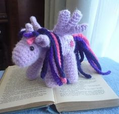 Sheep Dog's Fleece: Purple Alicorn Free pony crochet pattern