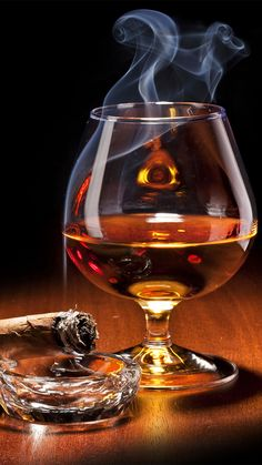Cigar and Whiskey iPhone 6S Plus Wallpaper