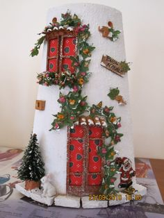 Roof Tiles, Fairy Land, Little Houses, Ladder Decor, Decoupage, Diy And Crafts, Miniatures, Clay, Terracotta