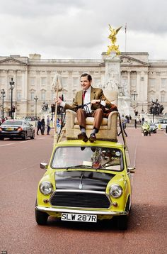 Mr Bean, played by Rowan Atkinson, drove a Mini in the hilarious TV sitcom Bean The Movie, Rowan, Mr Bean Quotes, Old Mini Cooper, Mini Uk, Michael Nesmith, Classic Mini, Mini Cooper Classic, Actor