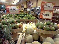 Pretty mangos on display