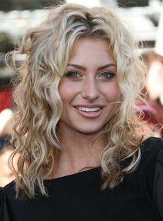 curly blonde hairstyles | Alyson Michalka Medium, Curly, Sexy, Blonde Hairstyle - Beauty Riot