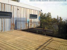 Container House in Muntanyola (Barcelona). Nova, Deck Pictures, Container Architecture, Construction Process, Princess Cruises, Deck Plans, Building A Deck, Cool Pools, Patio Design