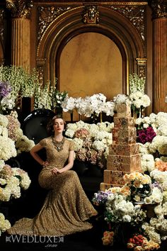 Luxurious gold wedding color theme.I would love to name it the Gatsby theme. Love Wedluxe pics.
