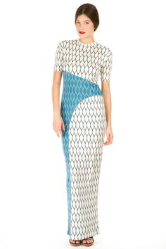 Graphic maxi, perfect for a summer party at the Yacht club.