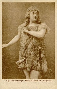 Heinrich Knote: 1907 postcard featuring a photograph by Paul Böhm, München of tenor Heinrich Knote as Siegfried and published by the Prinzregenten Theater, Munich.  He was born on 26th Nov 1870 in Munich, Germany and died on 15th Jan 1953 in Garmisch-Partenkirchen, Germany.