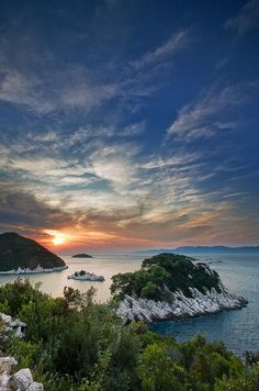 Beautiful Islands Around the World (Part 10 Pics), Prozurska Luka - Island Mljet, Croatia. Beautiful Islands, Beautiful Sunset, Beautiful World, Beautiful Places, Montenegro, Mljet Croatia, Dubrovnik Croatia, Les Balkans, Places To Travel