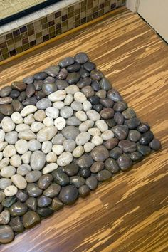 How to DIY Stone Floor Mat | iCreativeIdeas.com Follow Us on Facebook --> https://www.facebook.com/icreativeideas