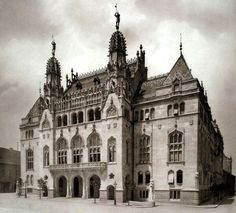 Vintage Architecture, Historic Architecture, Amazing Architecture, Old Pictures, Old Photos, Royal Palace, Central Europe, Budapest Hungary, Historical Photos