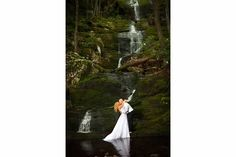 bride and groom picture ideas, buttermilk falls, trash the dress