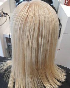 "Gefällt 12 Mal, 2 Kommentare - Estia Boutique Hair Salon (@estia_boutique_hair_salon) auf Instagram: ""Love love love this blonde on Janice. 12-01+30vol 1:2  #toniswork #estiaboutiquehairsalon…"" Boutique, Salons, Hair Color, Long Hair Styles, Instagram Posts, Modern, Cbr, Beauty, Colour"