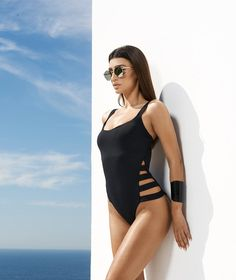 a71ab26035f Οι 86 καλύτερες εικόνες του πίνακα Ολόσωμα μαγιό | Swimming suits ...