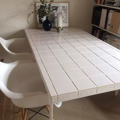 Silvan konkurrence - DIY Silvan flisebord - på budget - Lilly is Love Diy Daybed, Tile Tables, Diy Home Decor, Room Decor, Welcome To My House, Diy On A Budget, Decorating Blogs, Home Goods, My Room