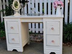 shabby chic bedroom vanity... This is wh - http://ideasforho.me/shabby-chic-bedroom-vanity-this-is-wh-2/ -  #home decor #design #home decor ideas #living room #bedroom #kitchen #bathroom #interior ideas