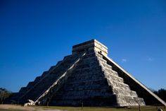 Aber auch ohne dieses Event gehört die Pyramide zu den großen Attraktionen der...