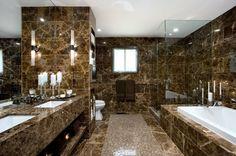 Cuartos de baño con marmol ideas para la selección de mármol como material y sus aplicaciones en el baño, veneficios estéticos de su empleo e inconvenientes