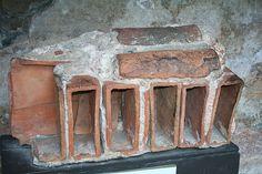 Datei:Roof fragment of the roman bath in Bath, UK.jpg