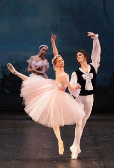 Evgenia Obraztsova and Klim Efimov in Les Sylphides