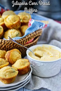 Jalapeño Corn Bread Muffins with Cheddar Butter Mini Banana Muffins, Lemon Muffins, Chocolate Chip Muffins, Jalapeno Cornbread, Cornbread Muffins, Broccoli Soup Recipes, Simple Muffin Recipe, Yeast Bread Recipes, Baked Doughnuts