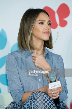 Résultat d& pour jessica alba, beaute. Long Layered Haircuts, Haircuts With Bangs, New Haircuts, Bob Hairstyles, Wedding Hairstyles, Jessica Alba Hairstyles, Layered Hairstyles, Natural Hairstyles, Cabelo Jessica Alba