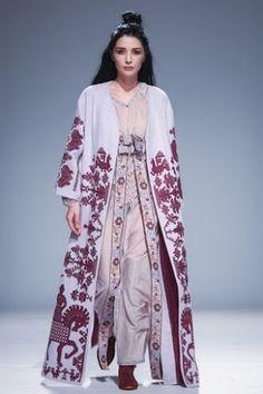 Дизайнер - Юлія Магдич  Ukrainian beauty folk fashion