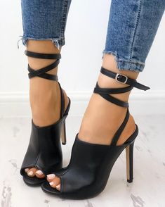 high heels – High Heels Daily Heels, stilettos and women's Shoes Hot Shoes, Crazy Shoes, Shoes Heels, Heeled Sandals, Sandals Outfit, Dress Shoes, Dress Outfits, Nike Shoes, Shoes Jordans