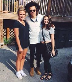 Pin by stylesorama on 1d meet greetfan pics pinterest harry with fans at frothy monkey today r augus 25 2014 m4hsunfo