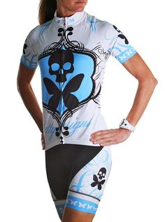 Check out my new cycling kit from Betty Designs!