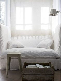 I don't know about the look/style, but this looks so cozy and wonderful!