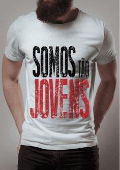 a3713ea1b Camisetas Montink com a frase Somos tão jovens
