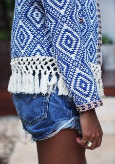 Spring fashion with Aztec jacket with tassles, denim shorts. #tassles #blue #pattern