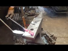 Introduction to forge welding - basic blacksmithing - YouTube