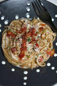 Cebicin keittiö: Pekonipasta Pasta Carbonara, Spaghetti, Ethnic Recipes, Food, Essen, Meals, Yemek, Noodle, Eten