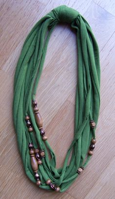 added beads to double knit strips to make scarf Scarf Necklace, Scarf Jewelry, Fabric Jewelry, Diy Necklace, Beaded Jewelry, Tee Shirt Crafts, Braided T Shirts, How To Make Scarf, Diy Scarf