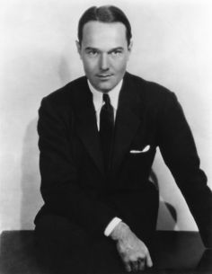 William Haines in Show People Vintage Hollywood, Classic Hollywood, Hollywood Star, Hollywood Regency, Hollywood Glamour, Men's Style Icons, Orry Kelly, Famous Legends, Best Costume Design