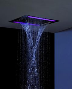 Aquabeat  Overhead ceiling with two functions: main and dual overhead waterfall. Chromotherapy with waterproof remote control. Size 61x46 cm... tam yatak önü duşu