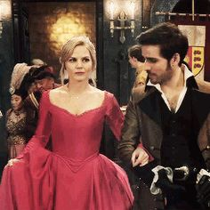 OUAT -Captain Swan in upcoming finale I FREAKING LOVE THEM TOGETHER
