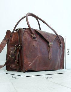The Vagabond 30: Vintage style brown leather por VintageChildShop